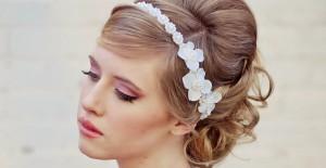 Düğüne Giderken Kadınların Mutlaka Bilmesi Gereken Kurallar!