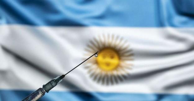 Arjantin Sağlık Bakanı Kayıt Dışı Kovid-19 Aşısı Yaptırdığı İçin İstifa Etti