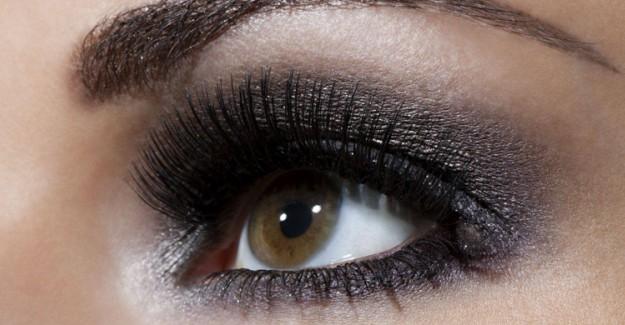 Göz Şekline Göre Makyaj Nasıl Yapılır?