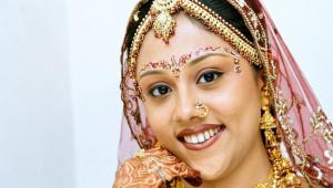 Hint Gelinlerinin Düğüne Hazırlık Aşamaları
