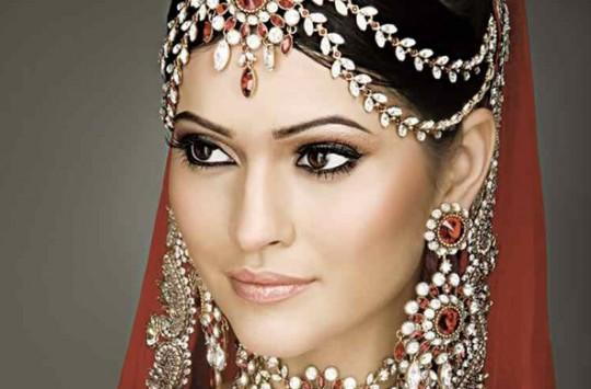 Hintli Kadınların Güzellik Sırları!